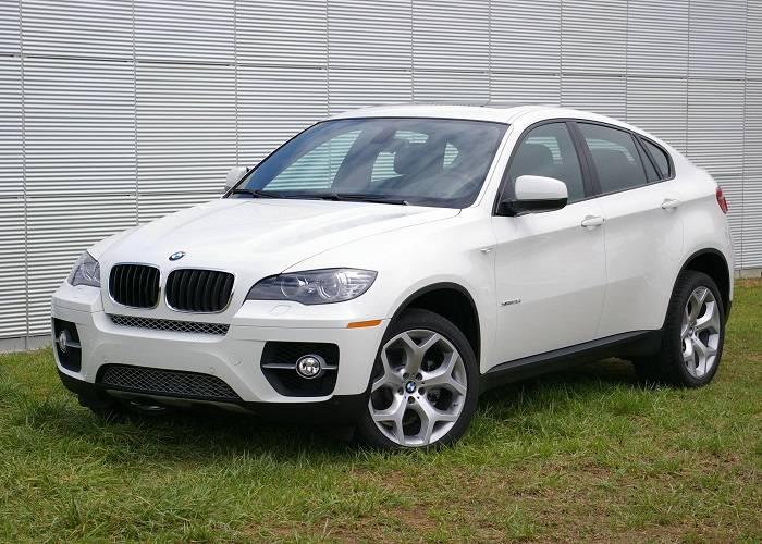 BMW X6 обладает лучшими техническими характеристиками из всего модельного ряда кроссоверов BMW серии X