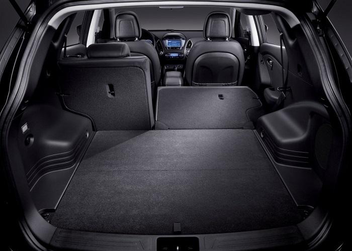 Багажник кроссовера Hyundai способен сместить 1460 л.