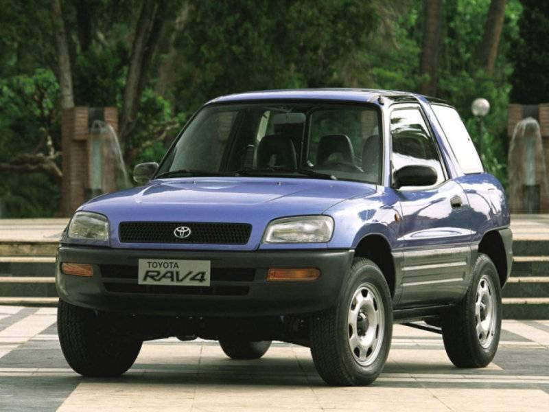 Трехдверный Toyota RAV-4 1994