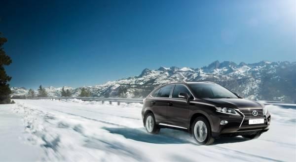 Новый Lexus RX 270 укомплектован 4-х цилиндровым двигателем объемом 2,7 литра, который разработан специально для жаждущих активной жизни.