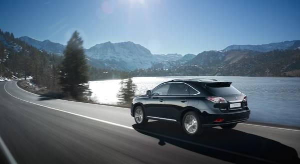 Lexus словно рожден для путешествий и дальних странствий