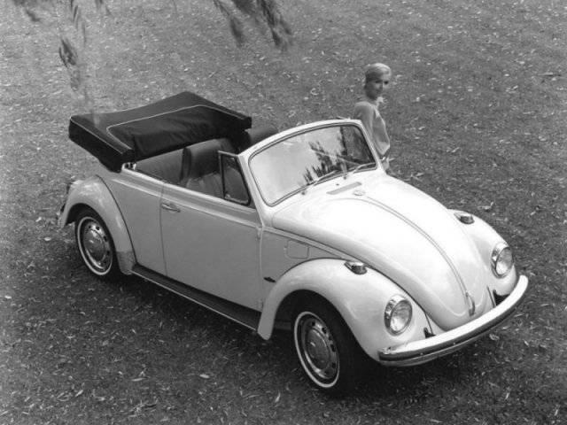 Volkswagen_Beetle_Cabriolet_1968