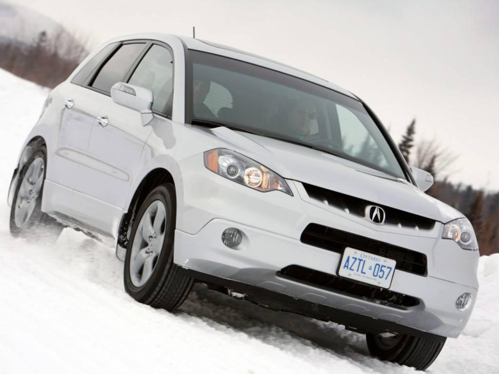 Acura RDX уверенно чувствует себя на бездорожье