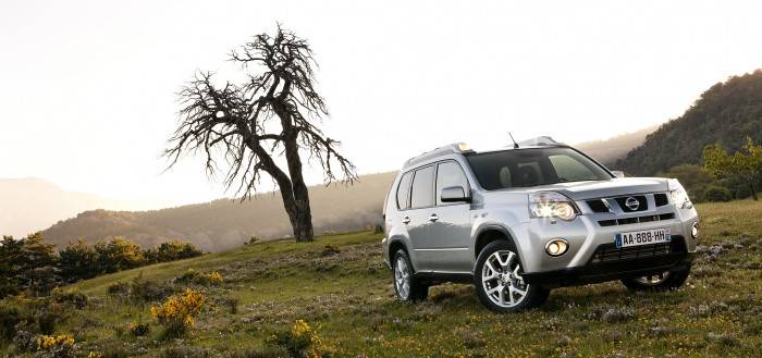 nissan-x-trail-5-door-mid-size-crossover-2011-002