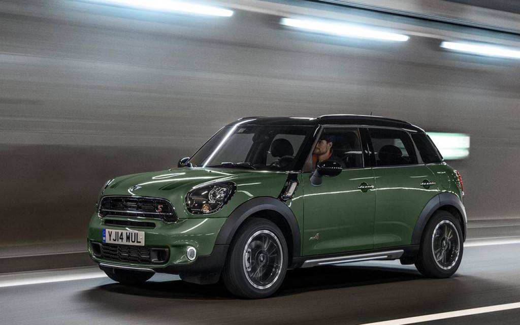 2015-Mini-Cooper-Countryman