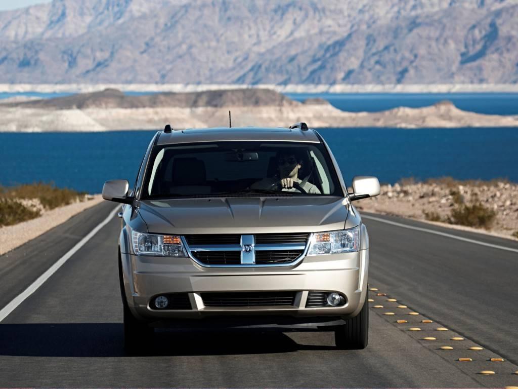 Dodge_Journey_SUV 5 door_2008