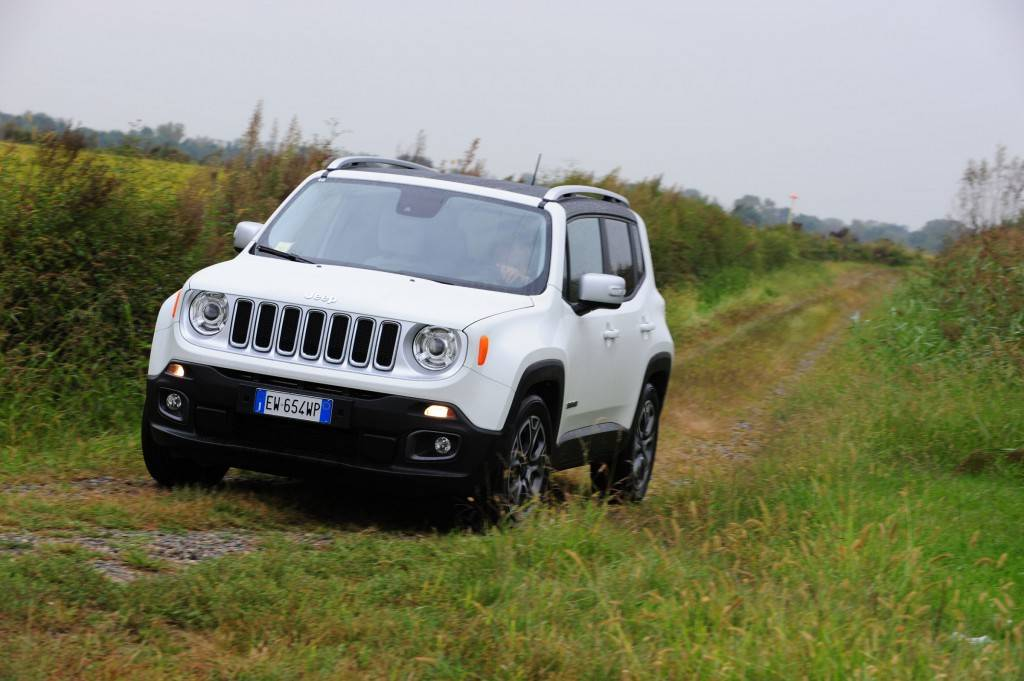 Jeep Renegade 2015 04