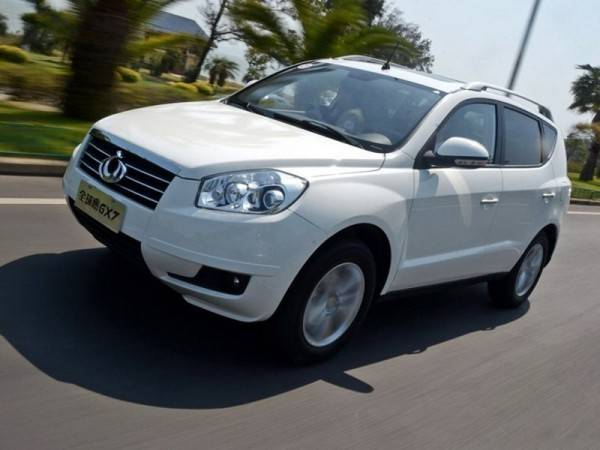 geely-emgrand-x7-02