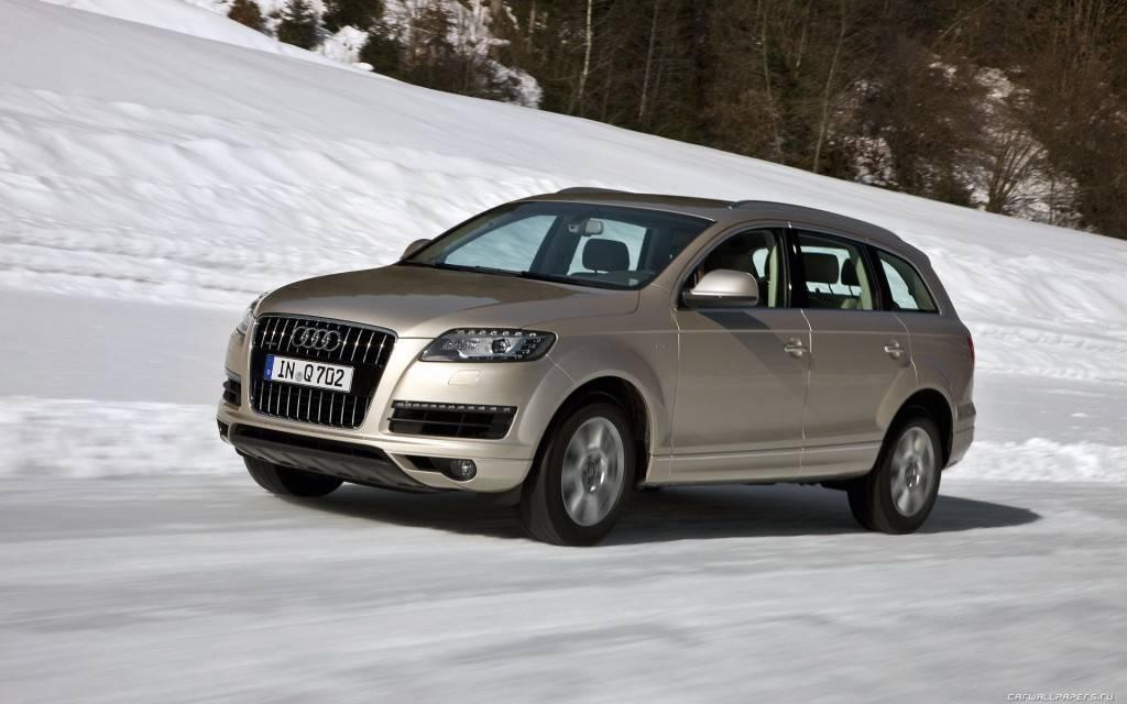 Audi-Q7-2010-1920x1200-004