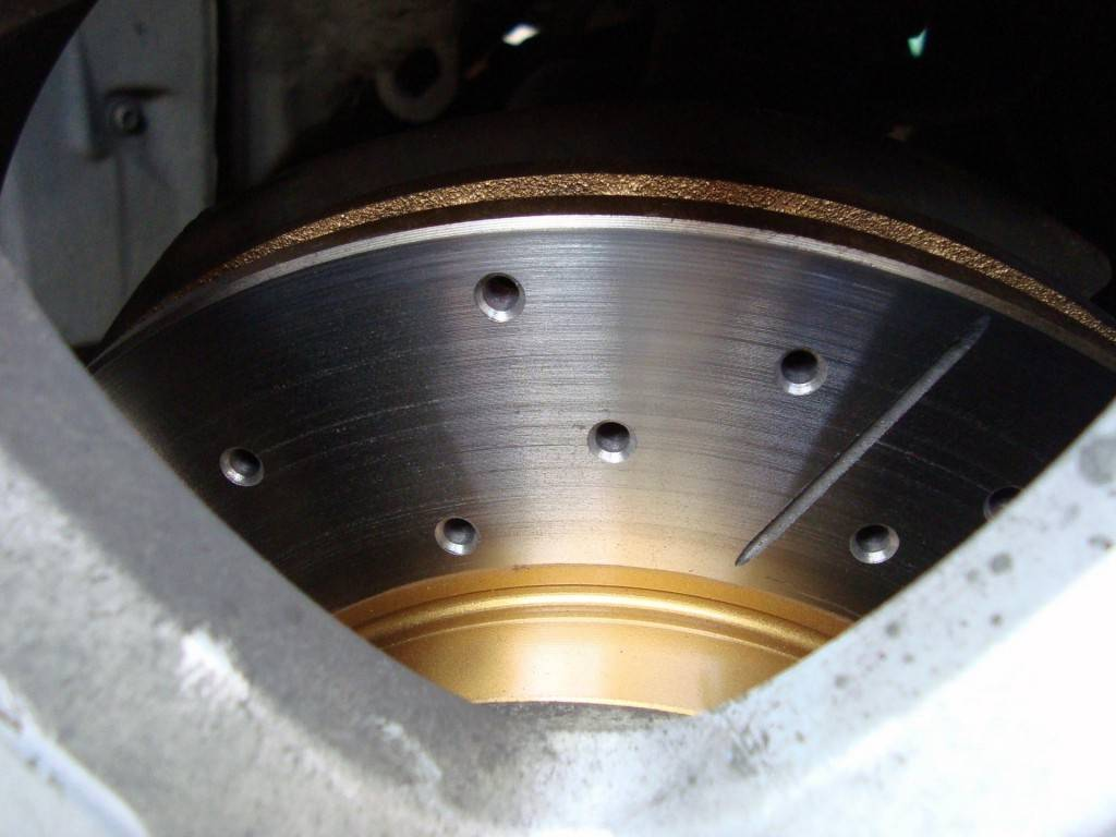 Диски устойчивы к повышенным температурам и адгезии. Норма для таких дисков – показатели 200-300°С.