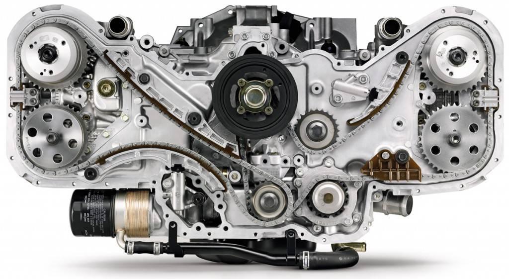 Двигатель нельзя определить лучшим по моменту, лошадиным силам или оборотам в отдельности. Все эти характеристики важны по-своему. Поэтому хороший мотор оценивается только в комплексе этих параметров.