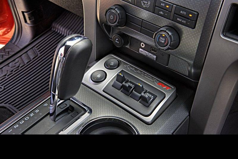 2011-Ford-F-150-Raptor-SuperCrew-45