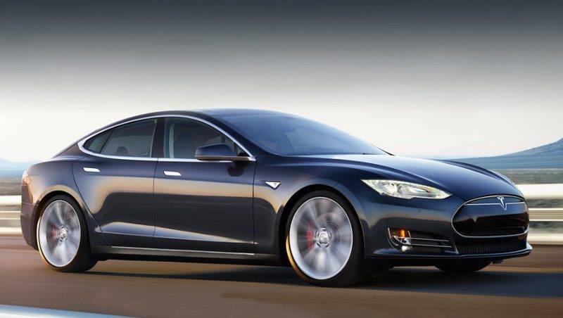 Автопилот - логичное продолжение новаторских и прогрессивных идей всей компании Тесла.