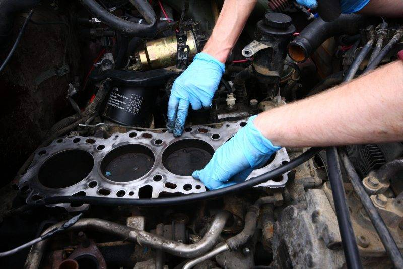 Присадок для двигателя существует масса и каждая из них - для определенного случая.