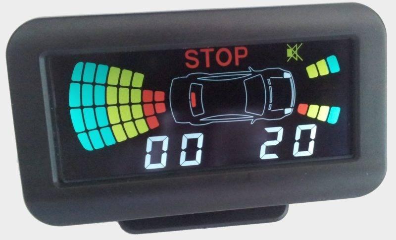 Парктроник значительно облегчает жизнь не только новичкам, но и опытным автомобилистам.