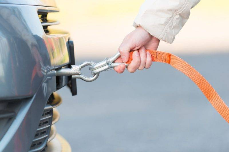 Гибкая сцепка используется при буксировке легковых автомобилей.