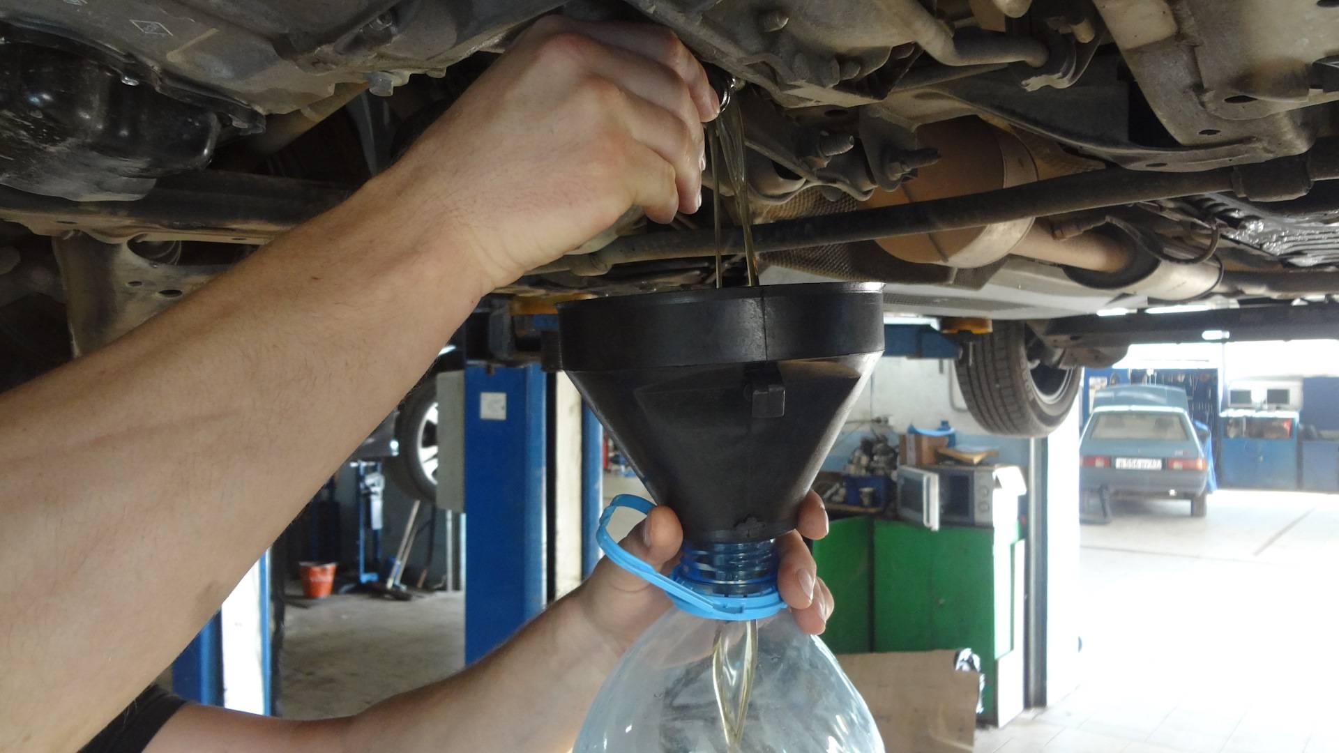 Замена масла потребуется раньше, если машина будет простаивать. Фото: drive2.ru