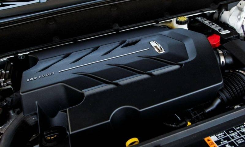 Ранее на предшественнике MKX устанавливались двигатели EcoBoost. Разработка этих агрегатов принадлежит компании Форд.