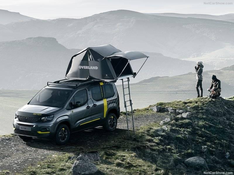 Внедорожная версия Peugeot Rifter – концепт 4х4 – предназначена для изучения больших пространств, чему его яркий и напористый нрав явно будет способствовать.