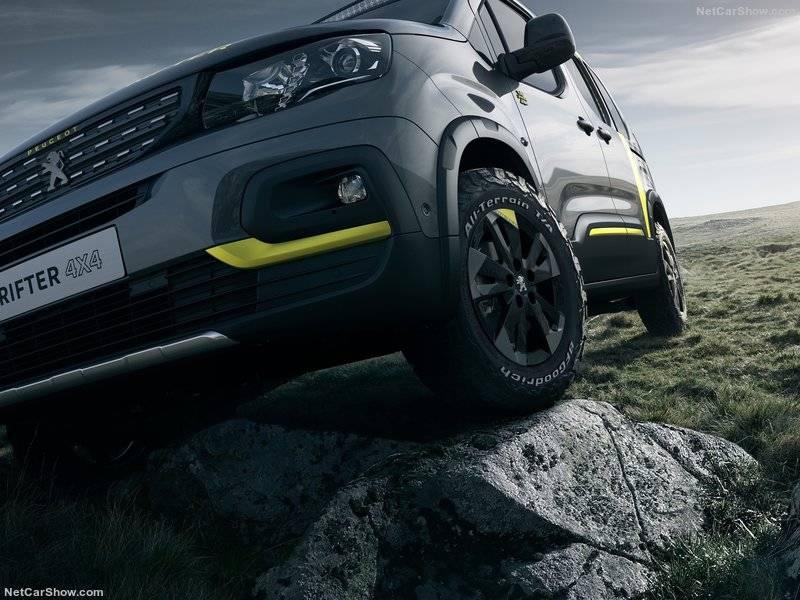 Наряду с Peugeot i-Cockpit, трансмиссия обеспечивает концепту Rifter 4x4 беспрецедентное качество вождения и наслаждение покорителя новых горизонтов.