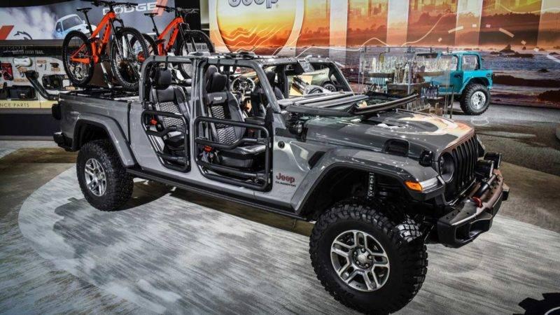 Вот такой вариант Jeep Gladiator тоже был показан в Лос-Анджелесе.
