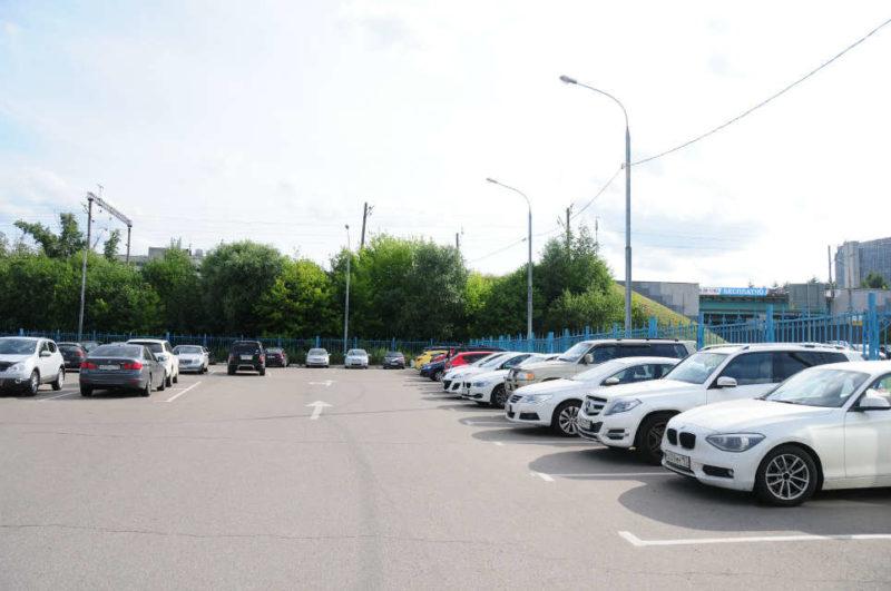 Проблемы с парковкой - одни из самых острых в больших городах.