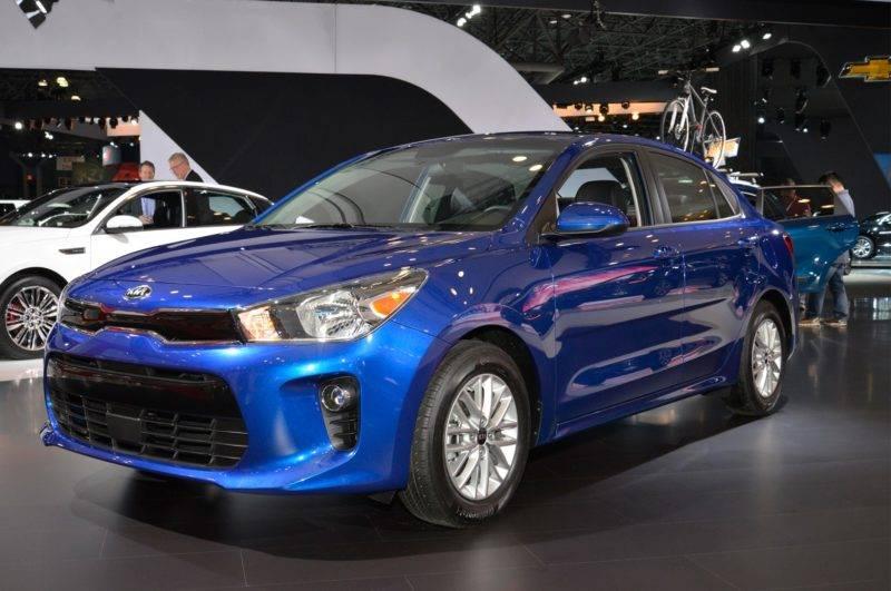 KIA Rio стала самым продаваемым в России автомобилем с АКПП в 2018 году.