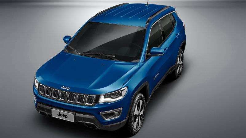 Jeep Compass - куда лучшая основа для будущего кроссовера, чем платформа Giorgio. Впрочем, производитель может считать иначе.