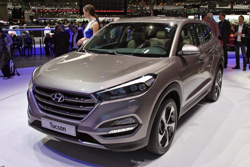 Hyundai Tucson - один из самых популярных кроссоверов в России.