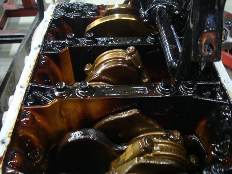 Появился угар в моторе