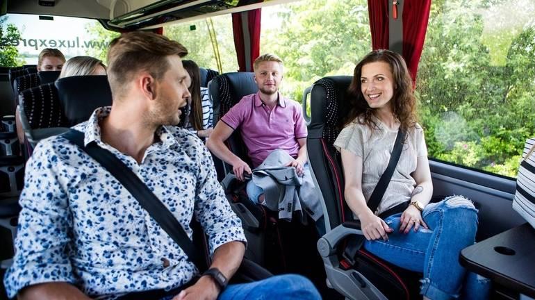 Ремни безопасности в автобусе