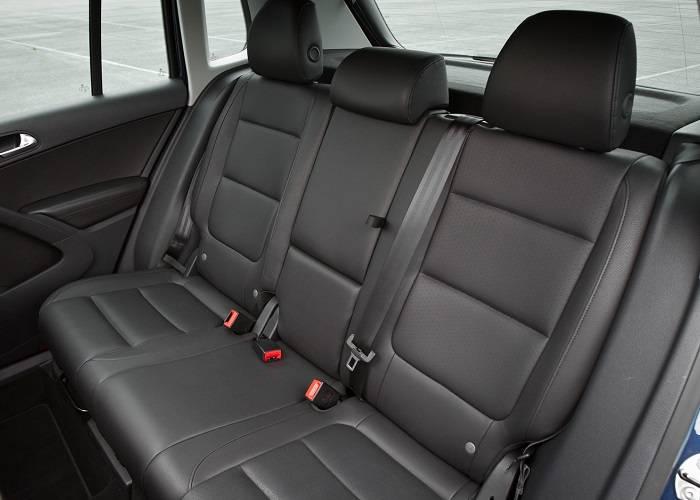Пассажиры свободно и достаточно комфортно могут расположиться на сиденьях