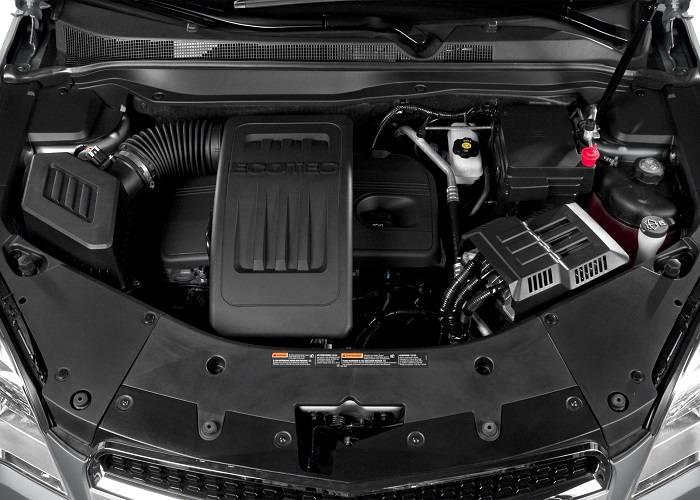 Chevrolet Equinox обладает 2,4-литровым бензиновым двигателем с мощностью 182 л. с.