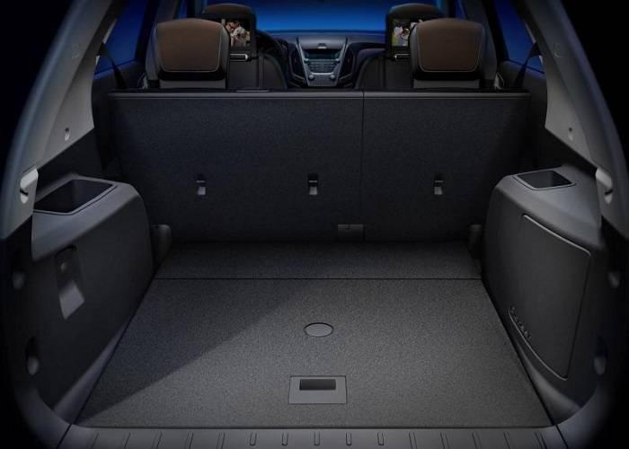 Chevrolet Equinox обладает достаточно большим багажником