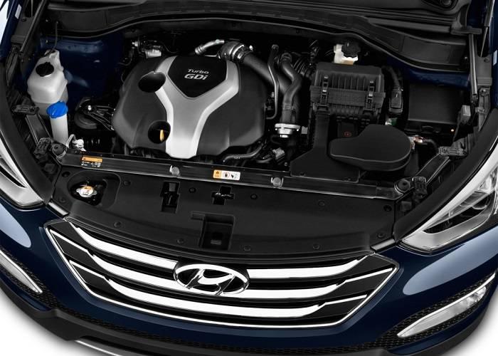 Двигатель кроссовера Hyundai Santa Fe имеет мощность 175 или 197 лошадиных сил
