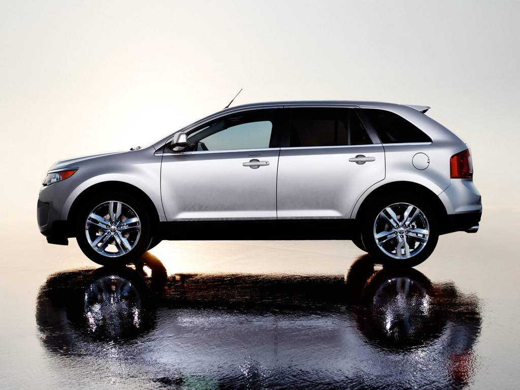 2013-Ford-Edge-SUV-SE-4dr-Front-wheel-Drive-Exterior-2