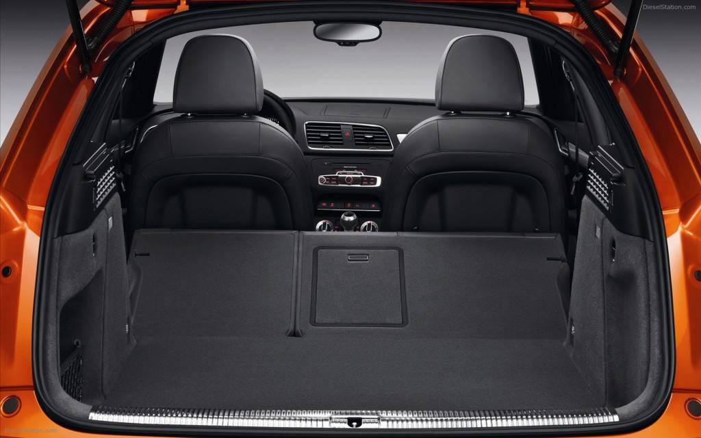AUDI-Q3 имеет относительно большой багажник в сравнение с другими кроссоверами
