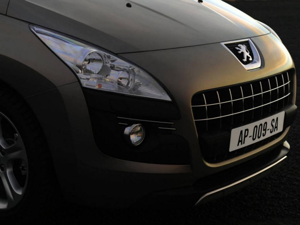 Peugeot_3008_SUV 5 door_2009