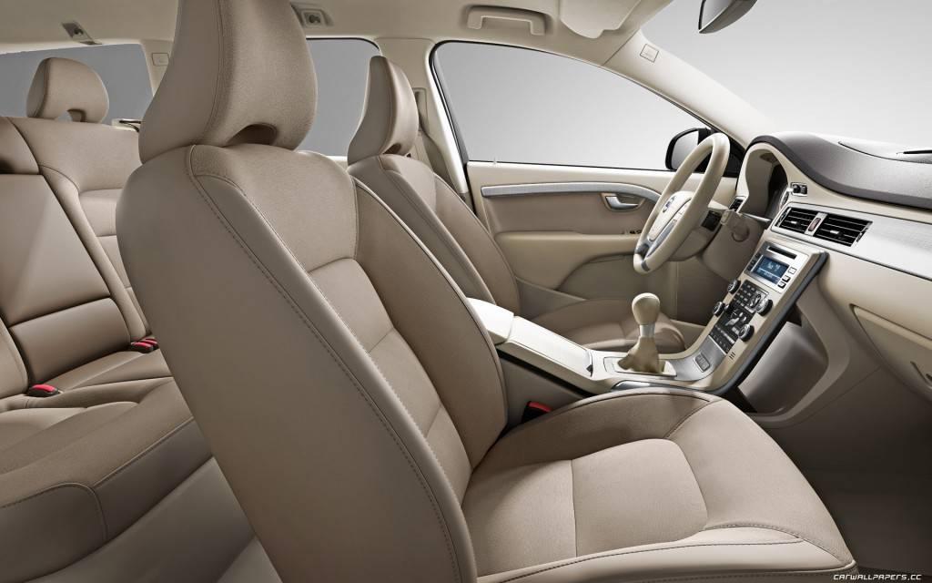 Volvo-XC70-2011-1920x1200-020