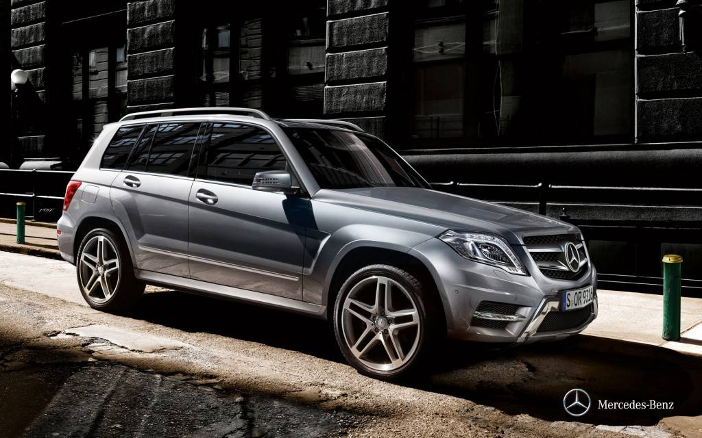 mercedes-benz-glk-x204_wallpaper_03_1920x1200_02-2012
