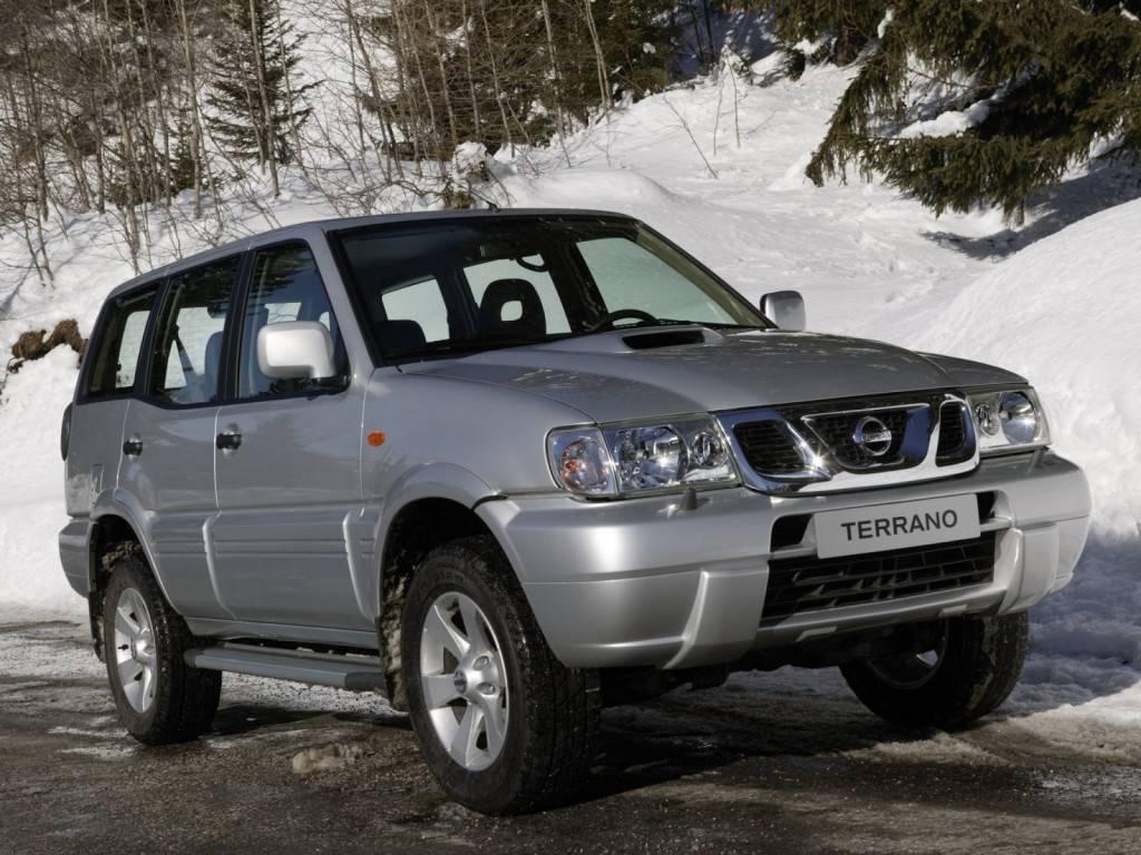 Nissan_Terrano II_SUV 5 door_1999 (2)