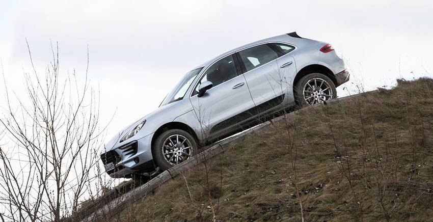 content_Porsche-Macan-2015-9