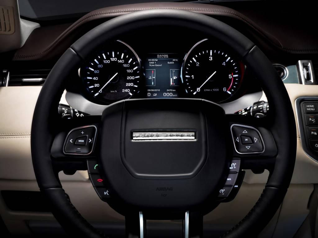 Range Rover Evoque имеет большое количество дополнительных опций и систем