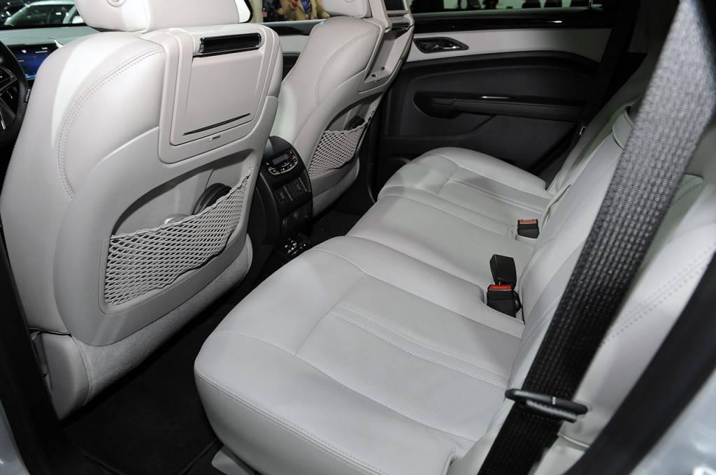 Cadillac-SRX-2013-69
