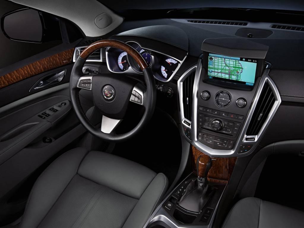 Cadillac_SRX_SUV 5 door_2010