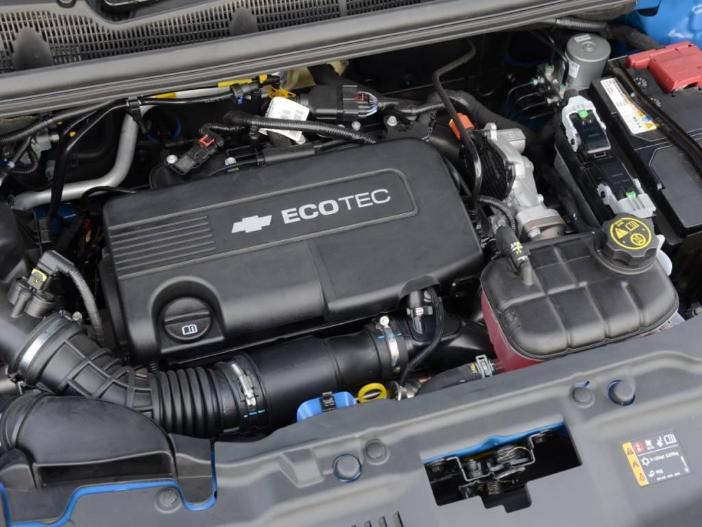 Chevrolet-Trax-2013-43