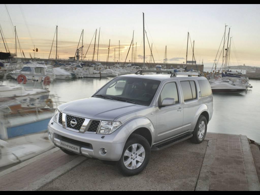Nissan-Pathfinder_EUR_2005_04