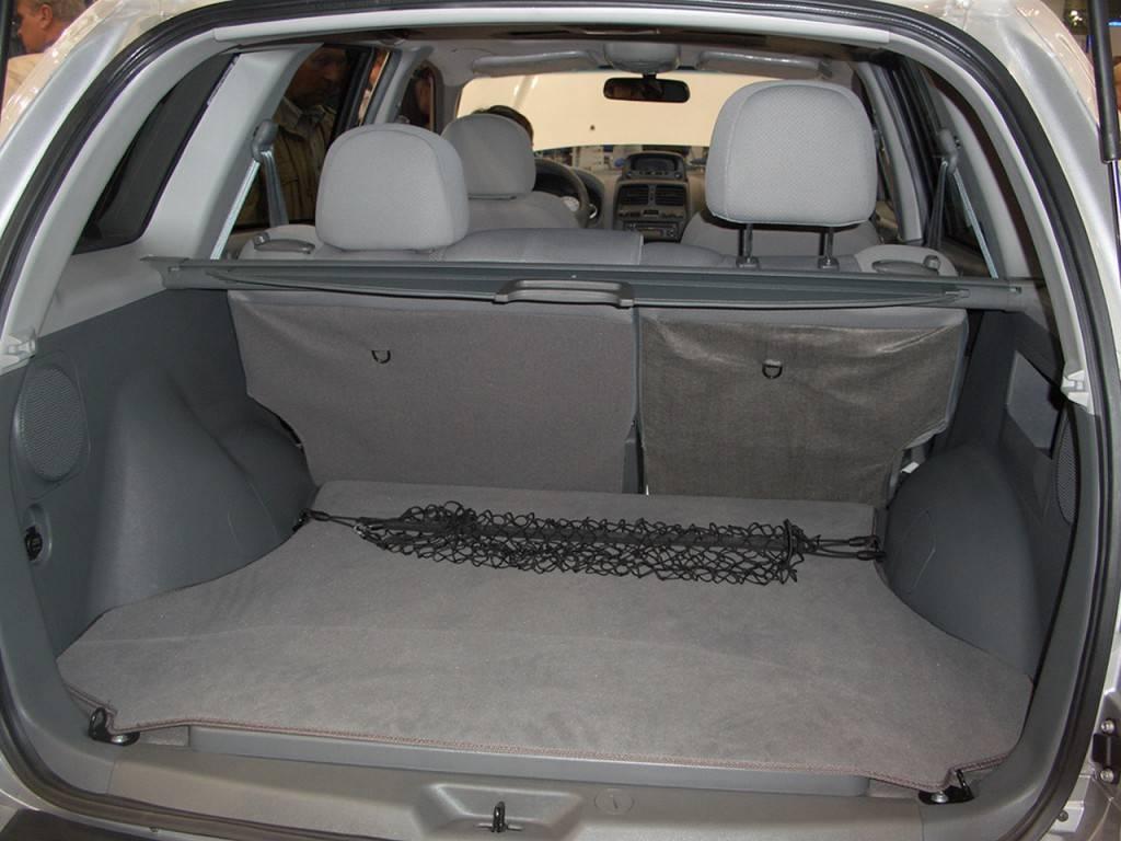 Багажник ТагАЗ С190 не отличается очень большим объемом
