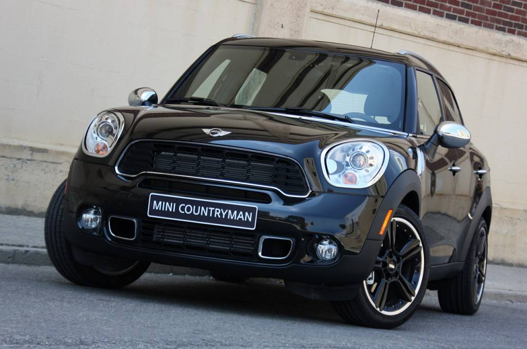 2011-Mini-Cooper-Countryman-2