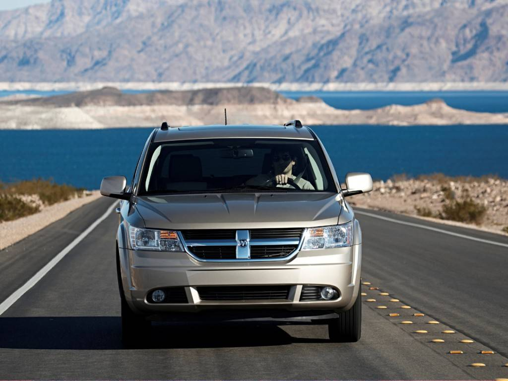 Dodge_Journey_SUV 5 door_2008